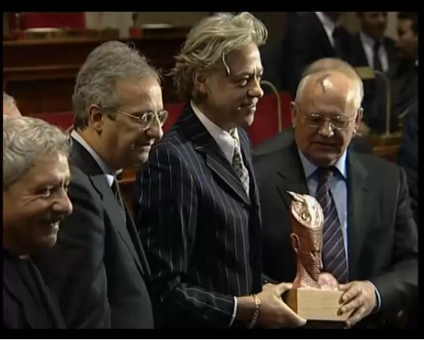 Singer/campaigner Bob Geldof being presented with a peace award by Mikhail Gorbachev in Rome 2005.